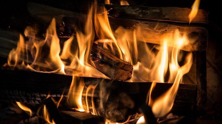 Gesetzliche Frist: Modernisierungswelle bei Holzfeuerungen schreitet voran